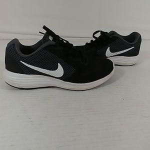 Womans Nike Revolution 3 Runners